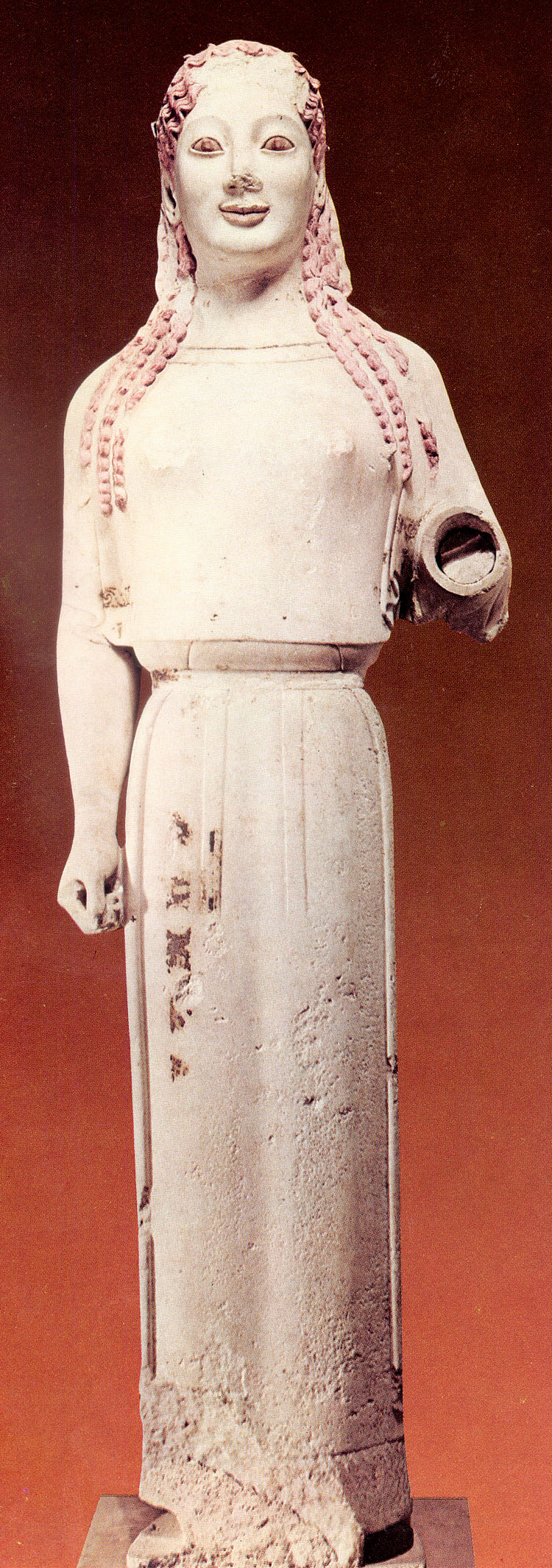 peplos kore The peplos kore is the best known – and probably most loved – exhibit in the museum of classical archaeology she is a type of statue known as a kore (plural: korai), marble representations.
